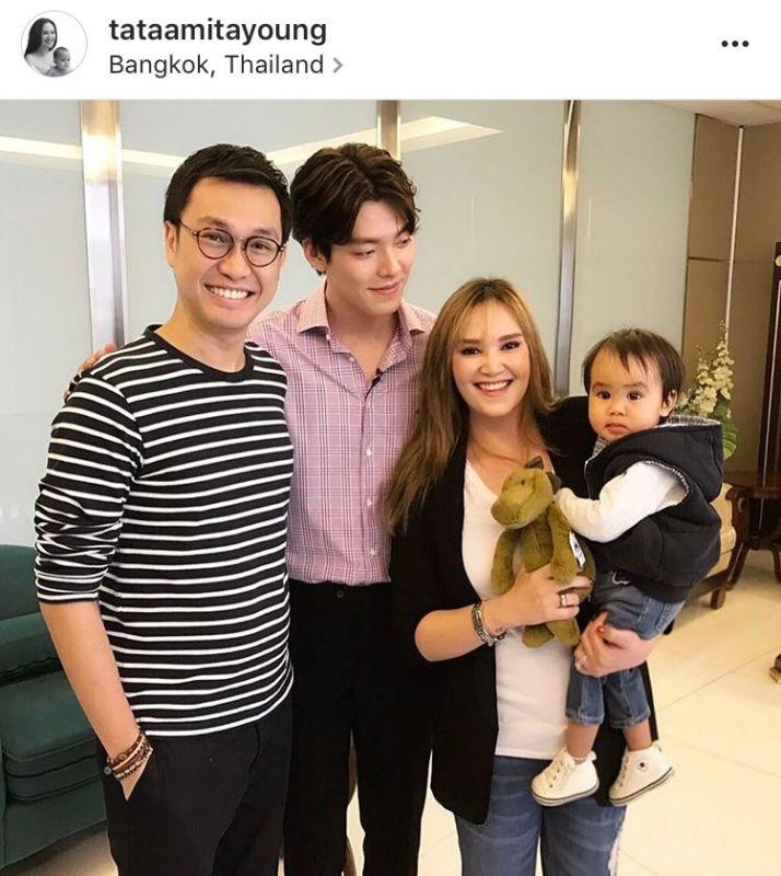 ทาทายัง แฟนคลับ เกาหลี คอมพลีท สามี ลูก น้องเรย์ ถ่ายรูป คิมอูบิน มีตติ้ง ไทย วันที่ #KIMWOOBINSpotlightinThailand ข่าว วันนี้ ดารา