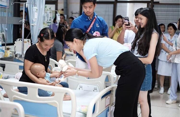 แพนเค้ก เขมนิจ โรงพยาบาลเด็กฯ