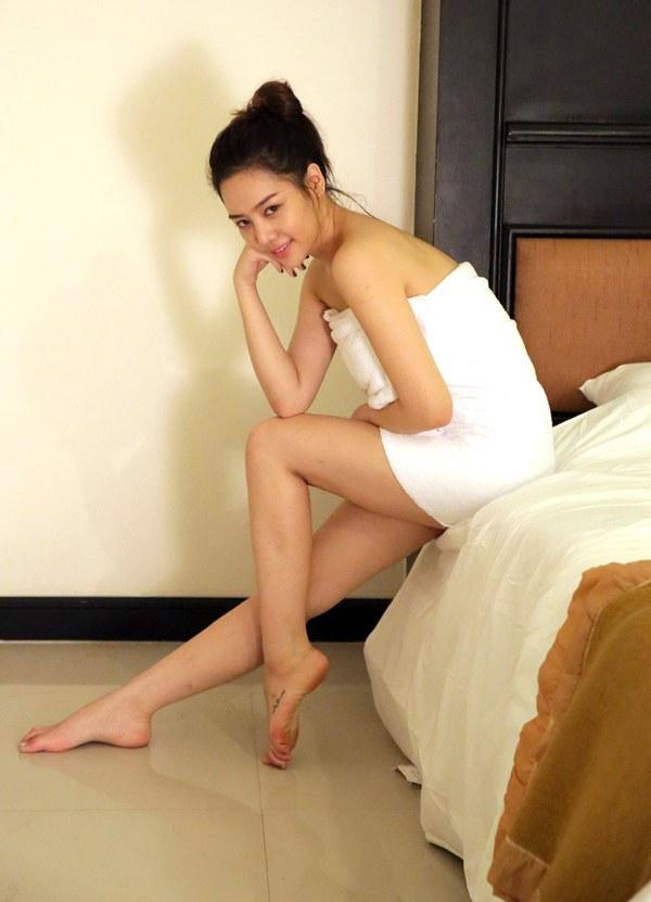 สาวฮอต รวมภาพ นักแสดงสาว ชุดผ้าขนหนู นุ่งผ้า เซ็กซี่ ฉากละคร ละคร บันเทิง นักแสดง ดาราสาว
