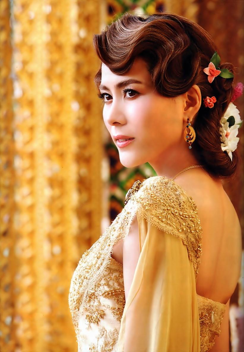 ซุปตาร์งามอย่างไทย ดาราใส่ชุดไทย นางเอกชุดไทย ชุดไทย แฟชั่นชุดไทย