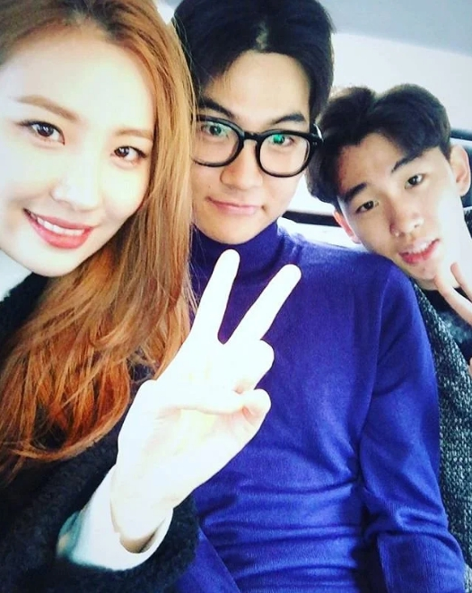 Sunmi น้องชาย Lee Seung Don Sun Dong