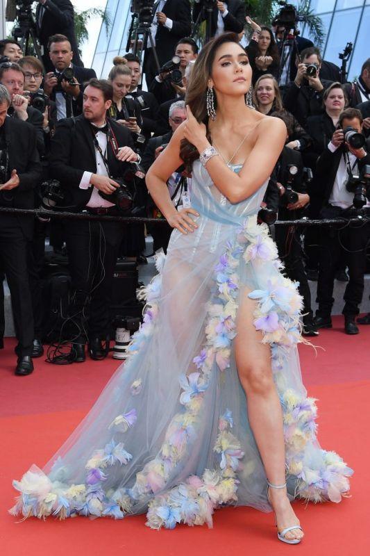 น็อต กรณ์ ชมพู่ ริต้า เดินแบบ พรมแดง Cannes2019