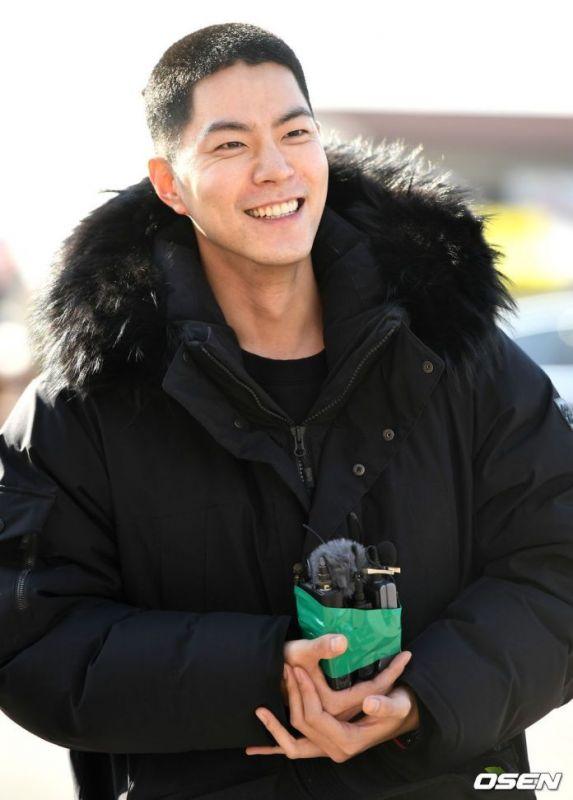 hongjonghyun เข้ากรม รับใช้ชาติ kpop