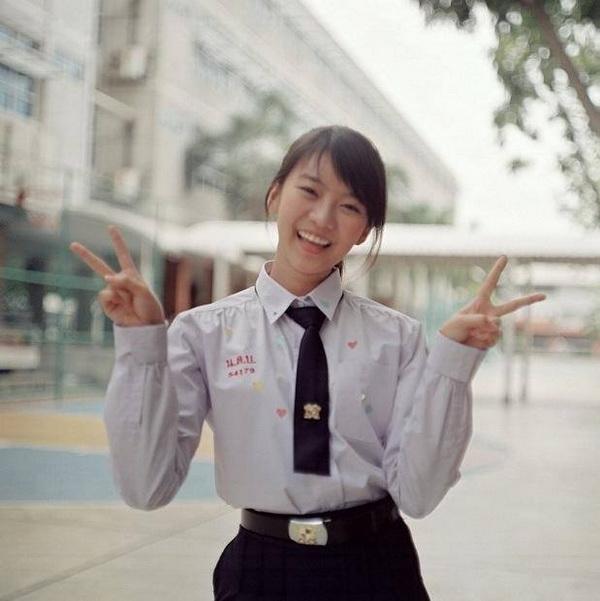 ขนมปัง ฮอร์โมน ซีรีส์ดัง บันเทิง นักแสดงวัยรุ่น สาวฮอต ฮอร์โมนวัยว้าวุ่น ดารา
