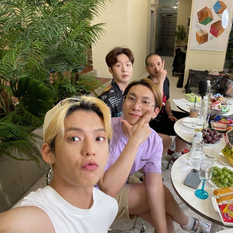 BTOB บอยแบนด์ K-POP ไอดอลเกาหลี คัมแบ็ค