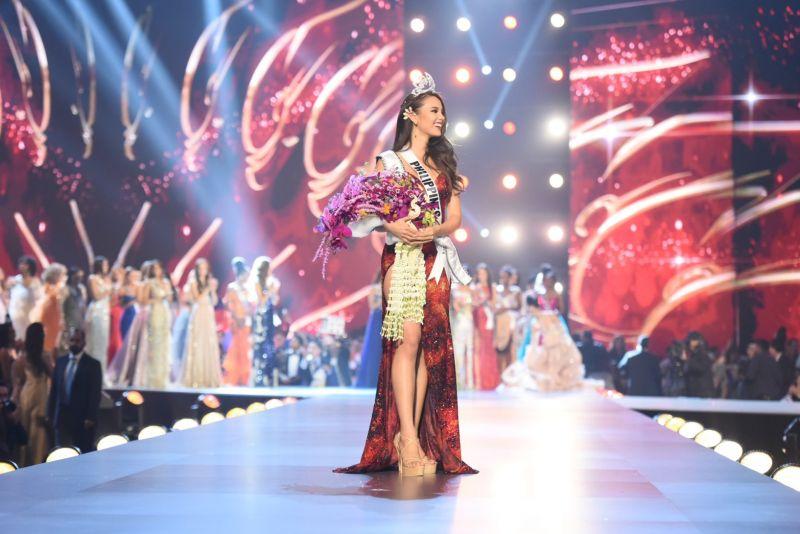 Catriona Gray จาก Philippines คว้ามงกุฎ Miss Universe 2018
