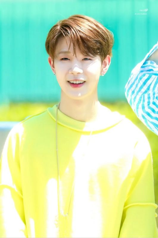 Donghyun (Golden Child)