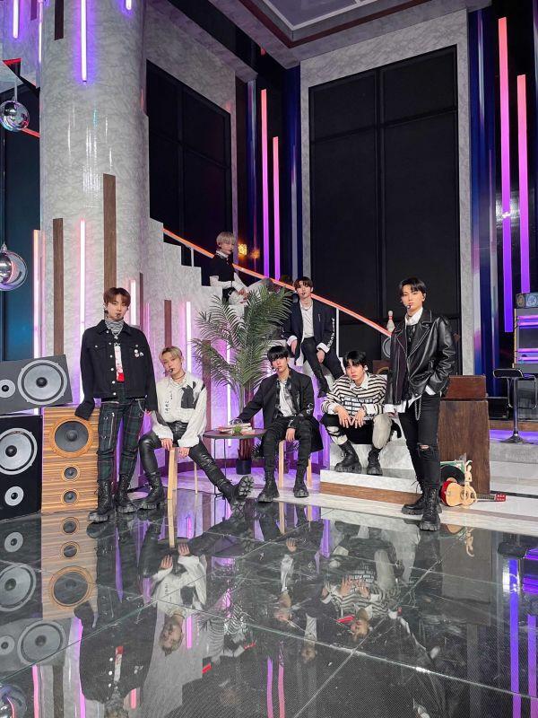 ENHYPEN Drunk-Dazed ไอดอลเกาหลี บอยแบนด์