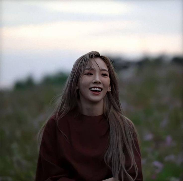 เลื่อนปล่อยเพลง Taeyeon คุณพ่อ เสียชีวิต