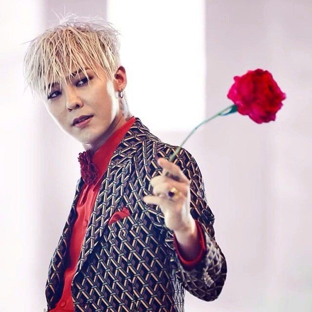 GD G-Dragon Taeyang YG