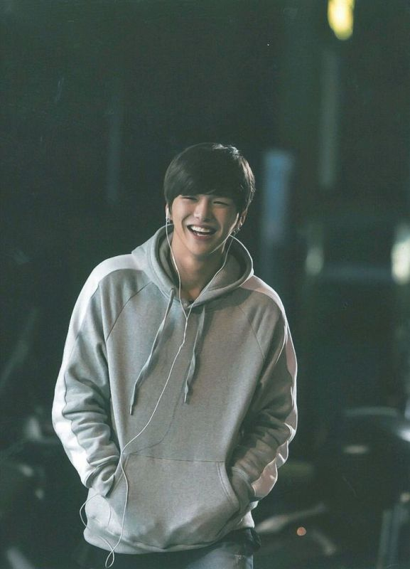 #HugforDanielKang Daniel รอยยิ้ม ไอดอลเกาหลี