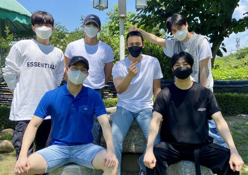 ชยอนู Monsta X บอยแบนด์ เข้ากรม K-POP ไอดอลเกาหลี