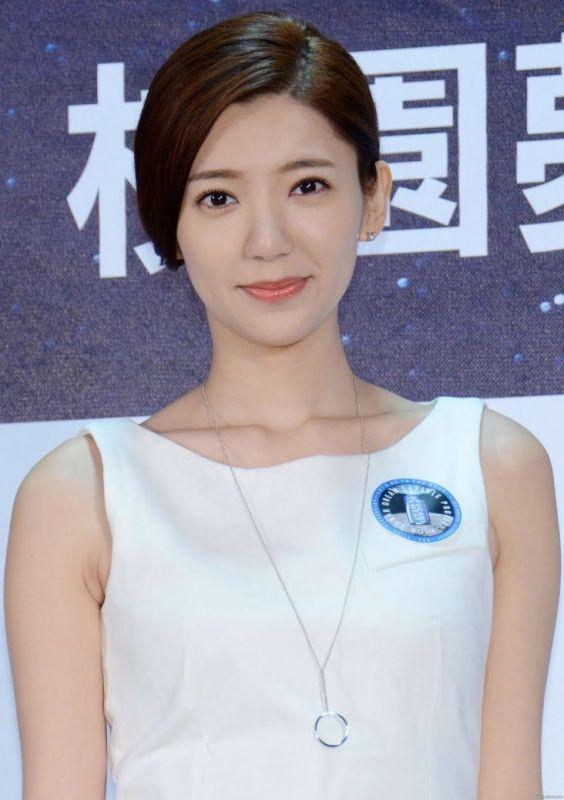 ผู้หญิง สวยที่สุด อาเชีย
