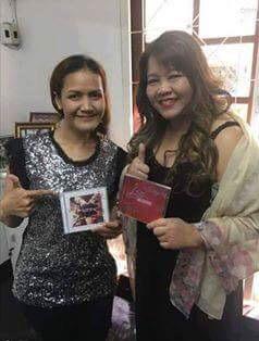 ลิซ่า BLACKPINK ไอดอลเกาหลี กตัญญู เบื้องหลังความสำเร็จ ครูสอนร้องเพลง