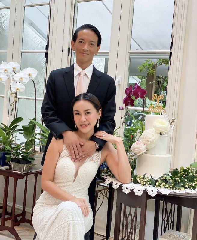 นาเดีย โสณกุล ครบรอบ แต่งงาน