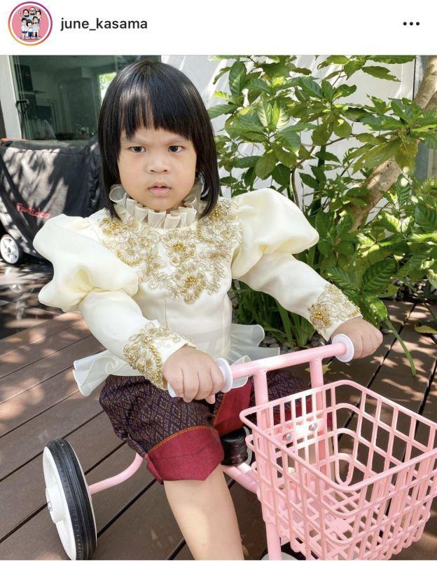 ซุปตาร์ฟันน้ำนม บันเทิง เด็ก ชุดไทย วันลอยกระทง