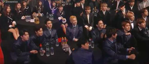 EXO NCT Seoul Music Awards เพื่อนสนิท ไอดอลเกาหลี บันเทิงเกาหลี