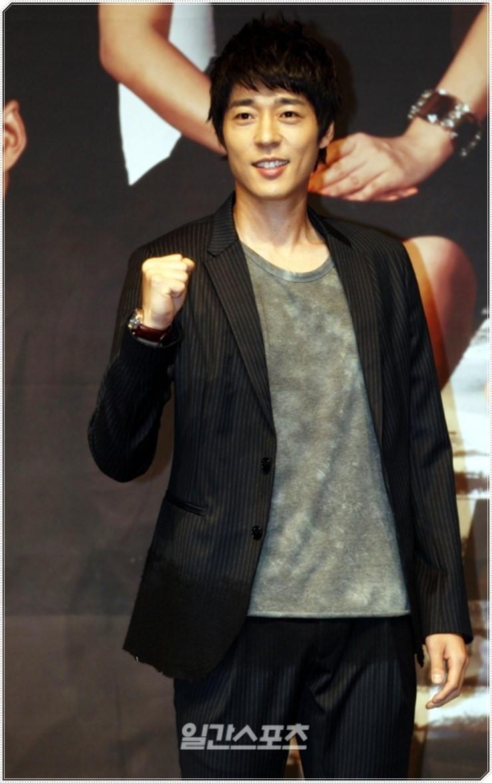 ไอดอล เกาหลี บันเทิง ศิลปิน ดารา K-Pop อาชีพ ไอดอลชื่อดัง