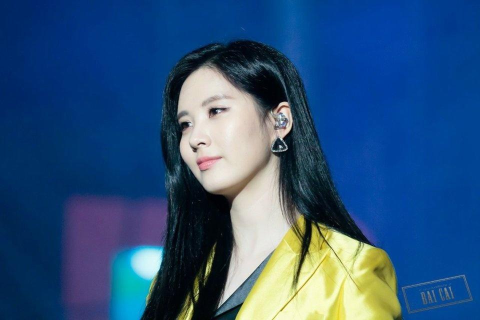 เกาหลี ไอดอล ผมดำ บันเทิง ศิลปิน ดารา นักร้อง ธรรมชาติ