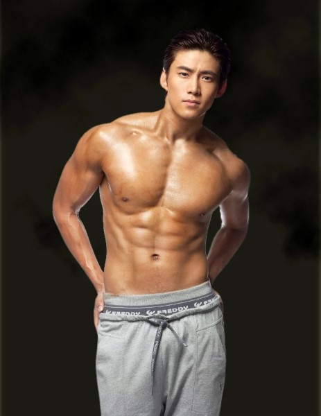 Taecyeon (2PM)