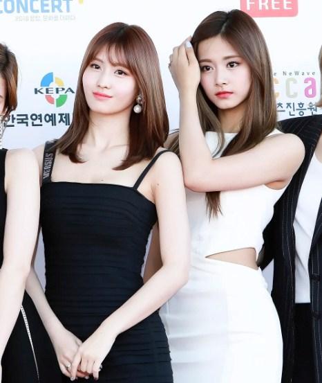 TWICEMOMO Chaeyoung Nayeon Sana