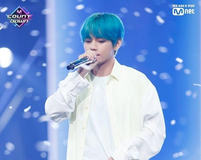 V BTS ARMY เซอร์ไพรส์ kpop