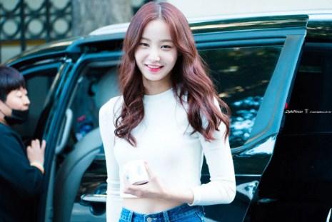 Yeonwoo (MOMOLAND)