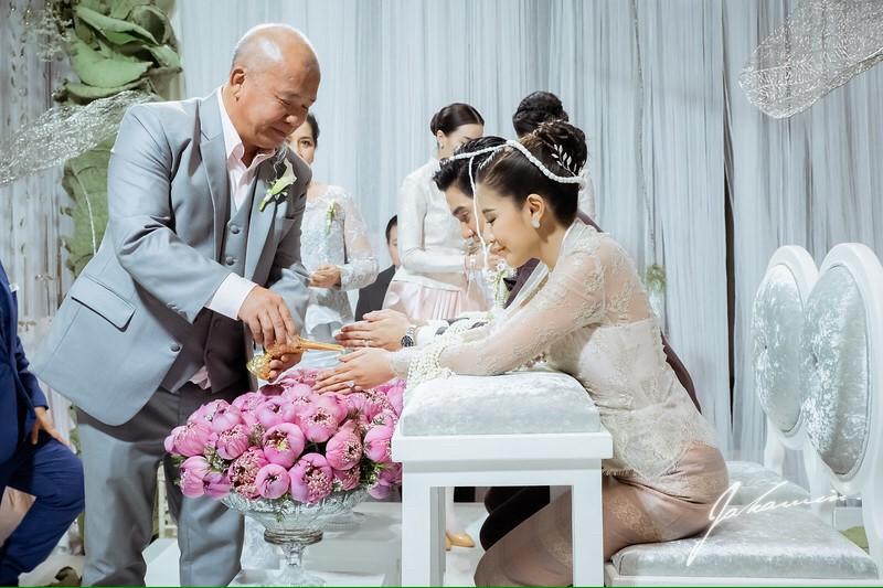 ดีเจแมน ใบเตย อาร์สยาม แต่งงาน สินสอด ชุดแต่งงาน