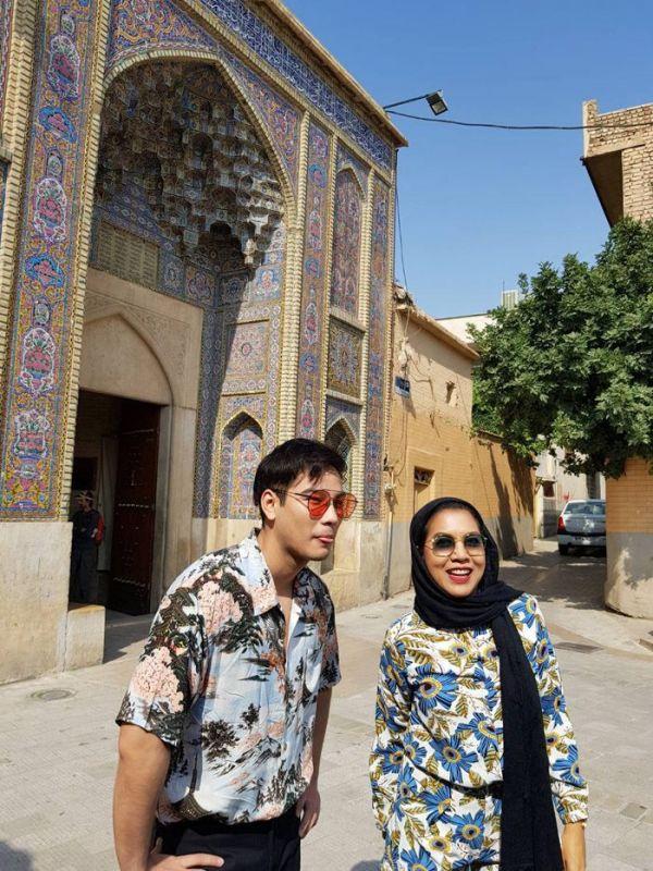 โบ๊ท หนุ่มลึกลับ หอมแก้ม ไซ้คอ ที่อิหร่าน