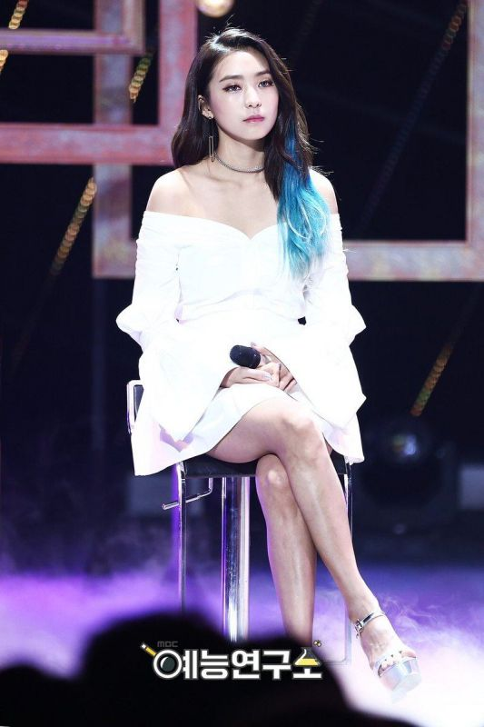 13 ไอดอล ขาสวย K-Pop