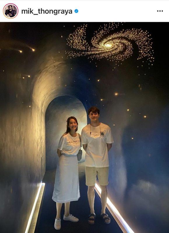 โบว์ เมลดา มิกค์ ทองระย้า คู่รัก แฟน ดารา นักแสดง พระเอก นางเอก แฟนคลับ คู่รักต่างช่อง