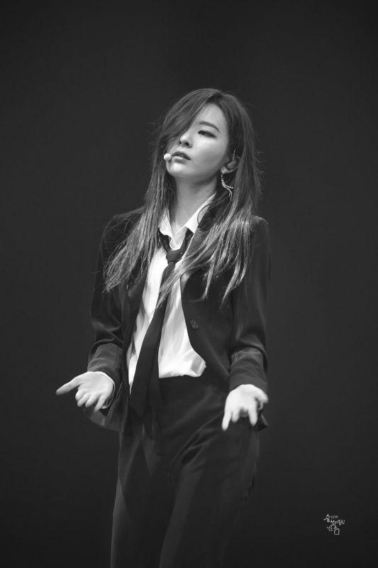 ไอดอล เกาหลี สายดาร์ค kpop
