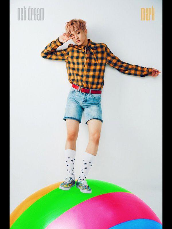แฟชั่น kpop ถุงเท้า ไอดอล