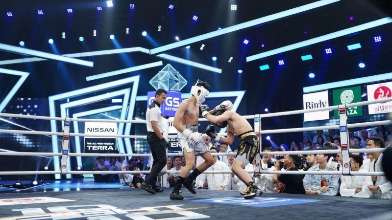 10 fight 10 แบงค์ ธิติ เจ้าขุน กันต์ แย่งไมค์