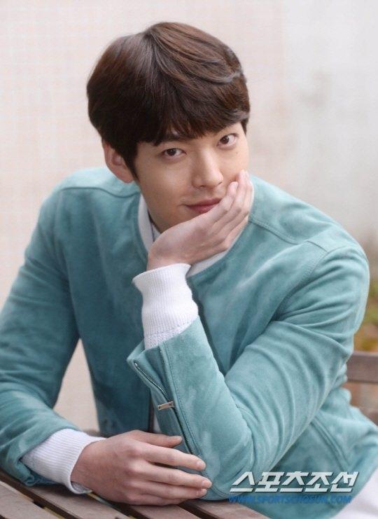 Kim Woo Binคัมแบ็ค งานแสดง