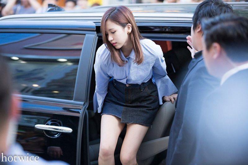 TWICE รวมภาพ Mina มินะ ทไวซ์ ลงจากรถ อีเว้นท์ ประกาศรางวัล สวย คอนเสิร์ต ไทย ดารา บันเทิง เกาหลี ข่าว วันนี้