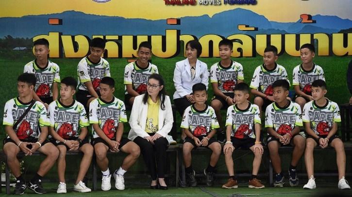 ทีมหมูป่าอะคาเดมี เด็ก ถ้ำหลวง โค้ชเอก