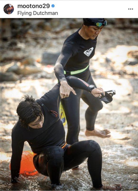 โตโน่ ว่ายน้ำ  โครงการ ONE MAN & THE SEA