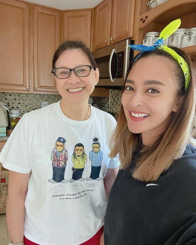 นานา ไรบีนา วัคซีน อเมริกา ครอบครัว โควิด19