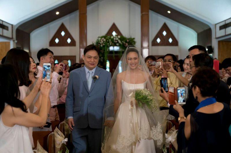 ช่อ ดอกไม้ งานแต่งงาน นิ้ง มิสยูนิเวิร์ส