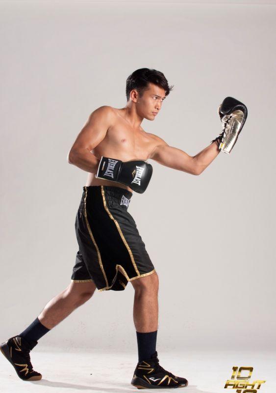 ฟิลลิปส์ ทินโรจน์ ชกมวย วิคเตอร์ ชัชชวิศ 10 fight 10