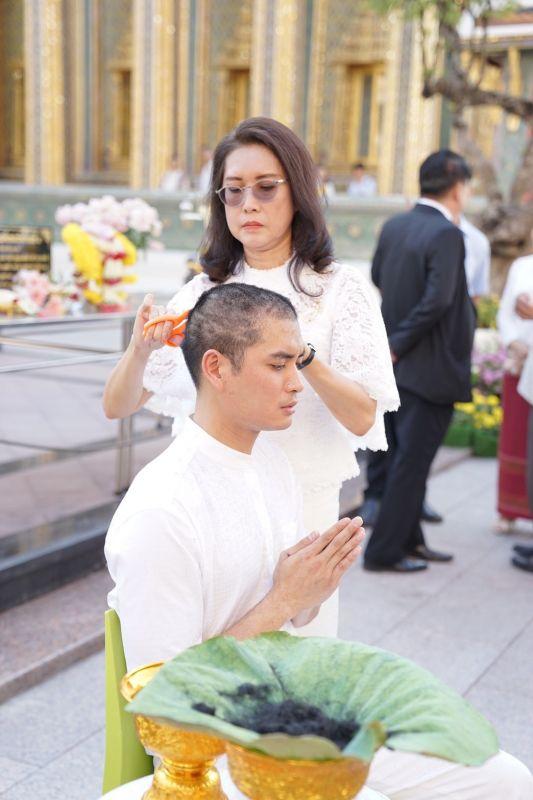 ปั้นจั่น ปรมะ บวช ฉายา ธัมมะโชโต
