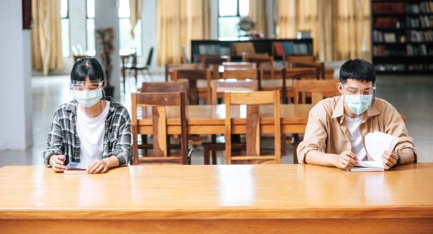 นักเรียน ฉีดวัคซีน ไฟเซอร์ กระทรวงศึกษาธิการ