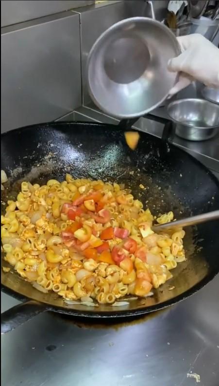 ศรีริต้า เจนเซ่น โควิด19 ทำอาหาร