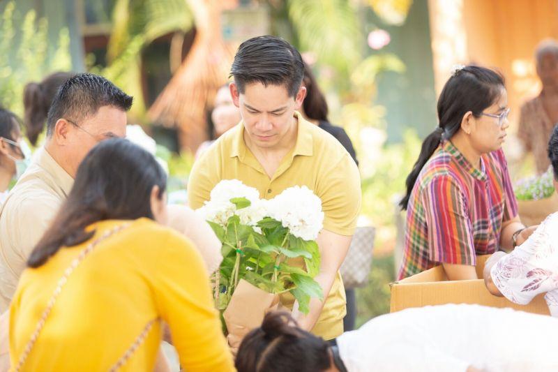 ริต้า กรณ์ ดอกไม้ งานแต่ง บ้านพัก คนชรา บางแค
