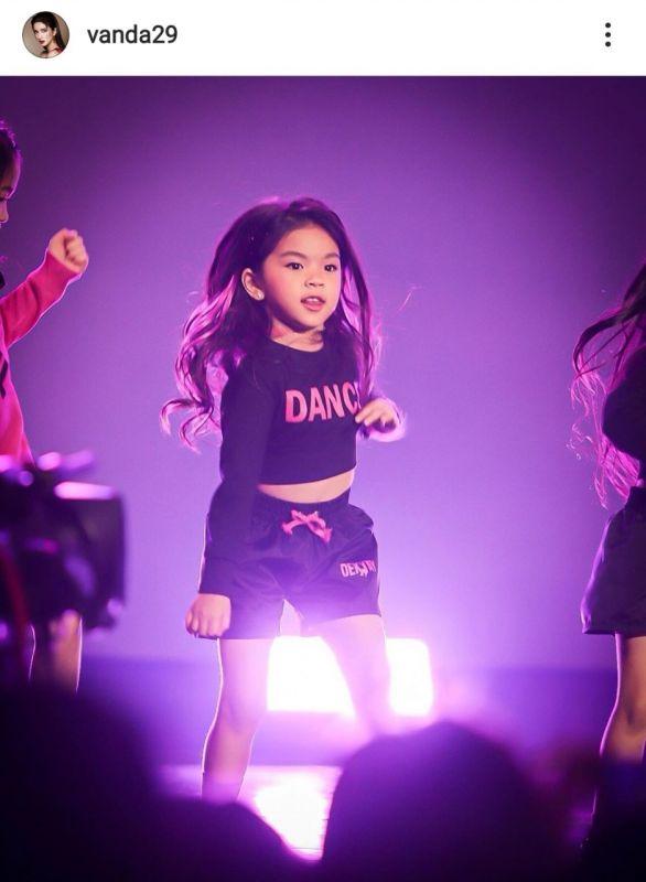น้องมะลิ พาขวัญ ไอดอลเกาหลี เต้น