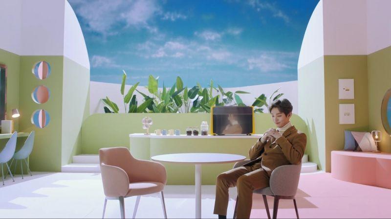 Yoon Jisung ปล่อยเพลง งานเพลง